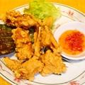 料理メニュー写真カエルの唐揚げ
