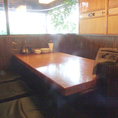 6名様まで広々とご利用頂けるテーブル席。