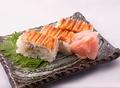 料理メニュー写真穴子押し寿司3貫