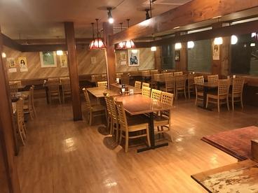 ステーキ&ハンバーグ いわたき 千間台店の雰囲気1