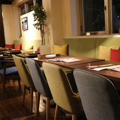 瓦 ダイニング + kawara CAFE&DINING 恵比寿店の雰囲気1
