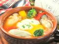 料理メニュー写真厚岸産牡蠣のフラメンコエッグ