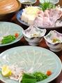 リーズナブルにふぐ料理を楽しめるようにコースをお作りしています。ふぐちり5940円~ご堪能いただけます
