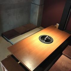 【個室】炭火村2号店には個室も準備しております♪4名~8名様までご利用可!個室はカーテンで仕切ることができるので周りを気にせずゆったりお過ごしできます☆