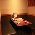 半個室の6名様用テーブル席