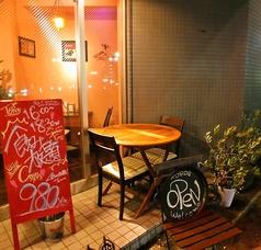 夜風にあたりながらお食事を愉しめる「テラス席」わんちゃんとのお食事もテラス席ならOKです!