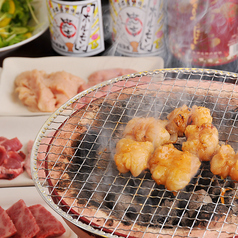 炭火焼肉ホルモン 忠吉 西新宿の写真