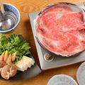 料理メニュー写真霜降りリブロースの牛鍋