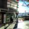 錦糸町駅から左斜めに進むと交番が見えます。