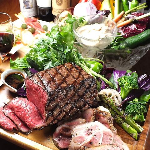メディアで有名な陽子ファームのオーガニック野菜使用。厳選されたワインも40種以上!