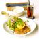 ランチタイム週替わりで期間限定おすすめメニューございます。7/9-15 チキンレモンステーキ