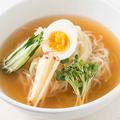 料理メニュー写真盛岡冷麺/ねぎ塩冷麺/韓国冷麺(そば粉入り)