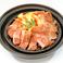 料理メニュー写真イベリコ豚肩ロースソテー 特製ガーリックソース