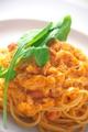 料理メニュー写真ズワイ蟹のトマトクリームパスタ