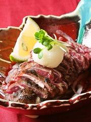 料理メニュー写真馬肉のタタキ