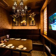 カラオケ付の完全個室VIPルームです。人気のお席なので、ご予約はお早めに…