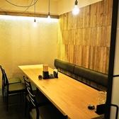 【10名様までご利用いただけるテーブル個室】最大10名様までご利用可能な個室は合コンや女子会、ちょっとした飲み会にぴったり!飲み放題付き宴会コースもお値段色々に多数ご用意しておりますのでぜひあわせてご利用ください♪札幌駅直結の居酒屋なので集合にも便利です!
