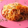 料理メニュー写真フレッシュトマトとベーコンのオイルスパゲッティー