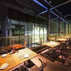 2名様~テーブル席もご用意!テラス席で夜景を楽しみながら食事をご堪能いただけます。都心のオアシスで癒し効果◎夜風に当たりながら地鶏料理や名古屋名物をお楽しみ頂けます★#上野駅 #ビアガーデン #テラス #飲み放題