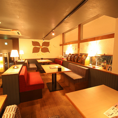 IROHA'sカフェの雰囲気1