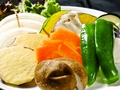 料理メニュー写真季節の野菜焼き盛り合わせ