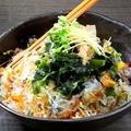 料理メニュー写真さっぱりヘルシー海藻サラダ