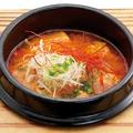 料理メニュー写真肉団子と豆冨の激辛スープ