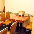 大人数様にも対応する完全個室も完備しています。