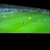 大型テレビ完備!サッカー、野球などのスポーツ観戦などに最適◎
