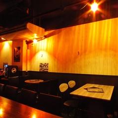 バームーンウォーク Bar moonwalk 三宮北店の雰囲気1