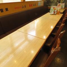 人数に合わせたお席をご案内いたします。