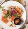 料理メニュー写真自慢のタパスを少しづつ『ZIONおすすめタパス盛り合わせ』
