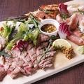 料理メニュー写真本日の特選5種肉の贅沢プレート(4~5人前)