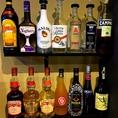 アルコールのリキュールを増やしました★★ピーチ、バナナ、ストロベリー、マンゴー、パッソア、カルーア、チョコレート、グリーンティー、ヨーグリート、マリブ、カンパリ、ジン、ウォッカ、ラム、ウイスキー各種飲み放題でお楽しみ頂けます!!もちろんお値段は変わらずそのままでございます♪
