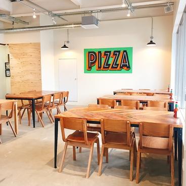 PIZZA&CAFE BIRD 岩切店の雰囲気1
