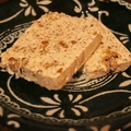 料理メニュー写真自家製ショコラとナッツのセミフレッド