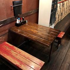 4名様テーブル×2席