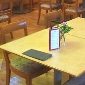 テーブルのお席です。ご家族やご友人同士、ママ友会などご利用シーンはさまざま!