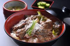銀山亭の肉食堂の写真