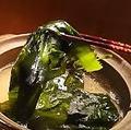 料理メニュー写真【季節限定】三陸産 生ワカメのしゃぶしゃぶ