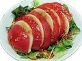 料理メニュー写真トマトとモッツァレラチーズ~甘辛中華ソース~