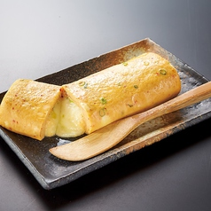 料理メニュー写真特製赤から玉子焼きチーズ