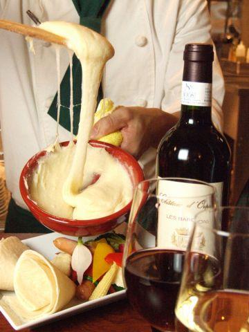 おいしいワインと、ワインに合うお料理を、たくさんご用意してお待ちしております♪
