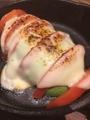 料理メニュー写真アボカドとトマトのチーズ焼き