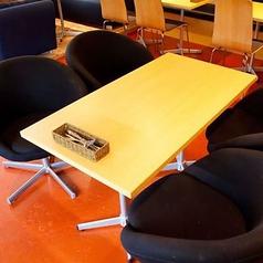【テーブル席】4名様テーブル多数♪レイアウトは自由自在♪シーズン毎に、歓迎会、送別会、同窓会、二次会、忘年会、新年会など、大人数様でのご宴会にお勧めです!