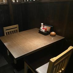 2名様用のテーブル席もご用意しております♪
