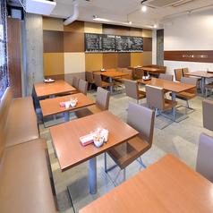 ラウンドケース カフェ ROUND CASE CAFEの雰囲気1