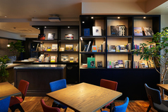 BLUE BOOKS cafe 大阪