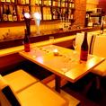 2階のテーブル席♪おシャレに楽しめる雰囲気があり、デートや合コンにもピッタリ♪ご予約はお早めに♪