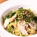 料理メニュー写真蒸し鶏と青ネギの和風ソース